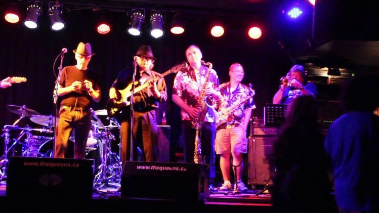 Blues Jam @ The Queens